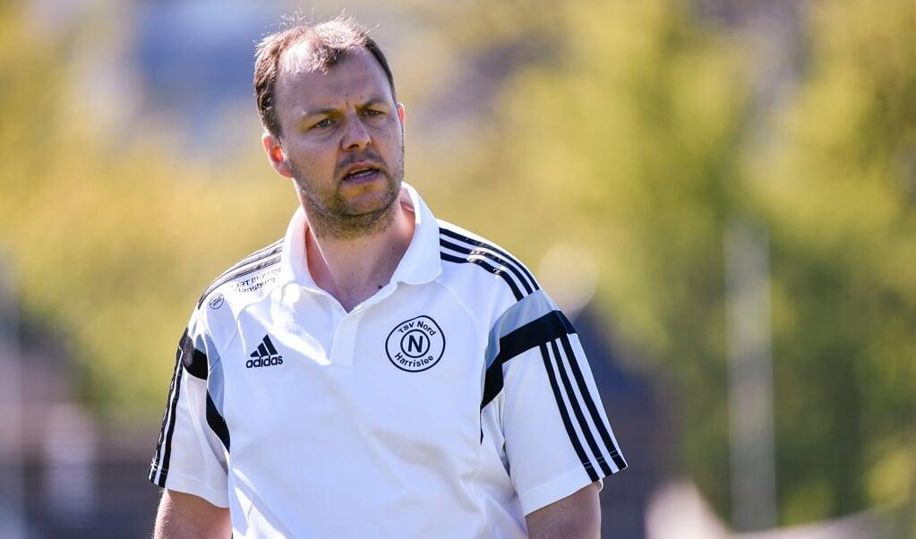 Dennis Peper steht fortan gleichberechtigt mit Bernd Ingwersen beim SV Frisia 03 Risum-Lindholm an der Seitenlinie. Erfahrungen hat er unter anderem schon beim TSV Nord Harrislee gesammelt und zuletzt bei der U17 des SC Weiche Flensburg 08.   (Archivfoto: Tim Riediger )