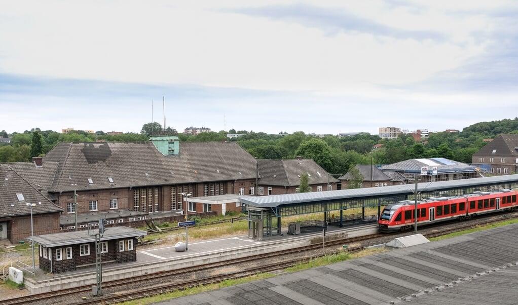 Danskeren ville tage et tog til hjemlandet, da han blev fotograferet på banegården i Flensborg.  (Arkivfoto: Sven Geißler.)