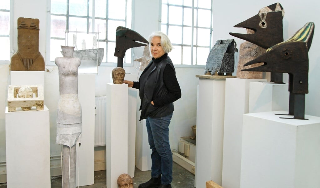 Den argentinske billedhugger Lucia Figueroa har boet i Nordfrisland det meste af sit liv.  (Privatfoto)