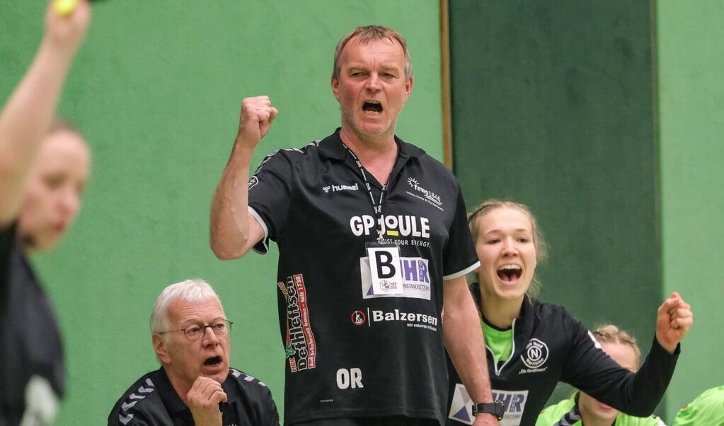 Trainer Olaf Rogge freut sich auf eine Saison mit Zuschauern bei den Nordfrauen.  (Archivfoto)