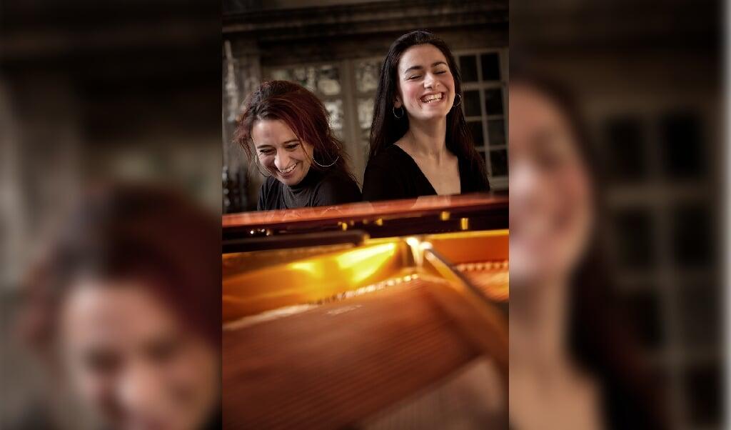 Rikke Sandberg og Tanja Zapolski er begge efterspurgte og prisbelønnede koncertpianister i Danmark.   (SSO)
