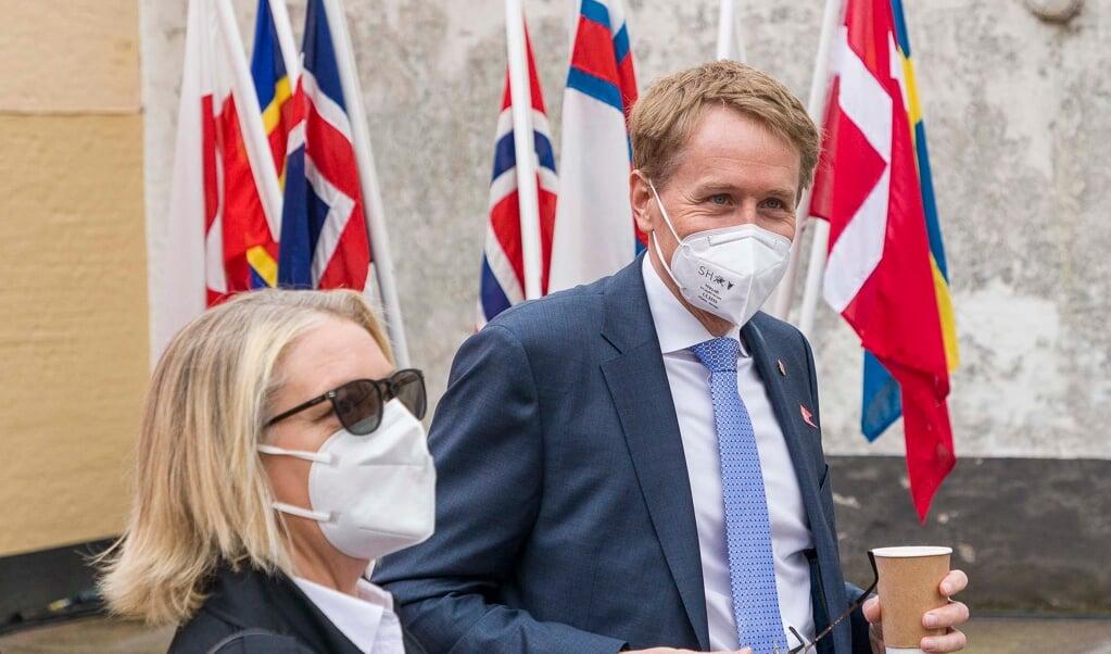 Den slesvig-holstenske ministerpræsident Daniel Günther deltog i de danske årsmøder lørdag den 29. maj, hvor SSFs formand Gitte Hougaard-Werner var vært for ham.    (Lars Salomonsen)