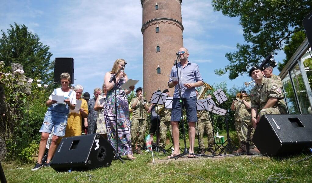 Musikere fra Slesvigske Musikkorps spillede ved sidste års Kløften Havefestival.  (Arkivfoto: Der Nordschleswiger)