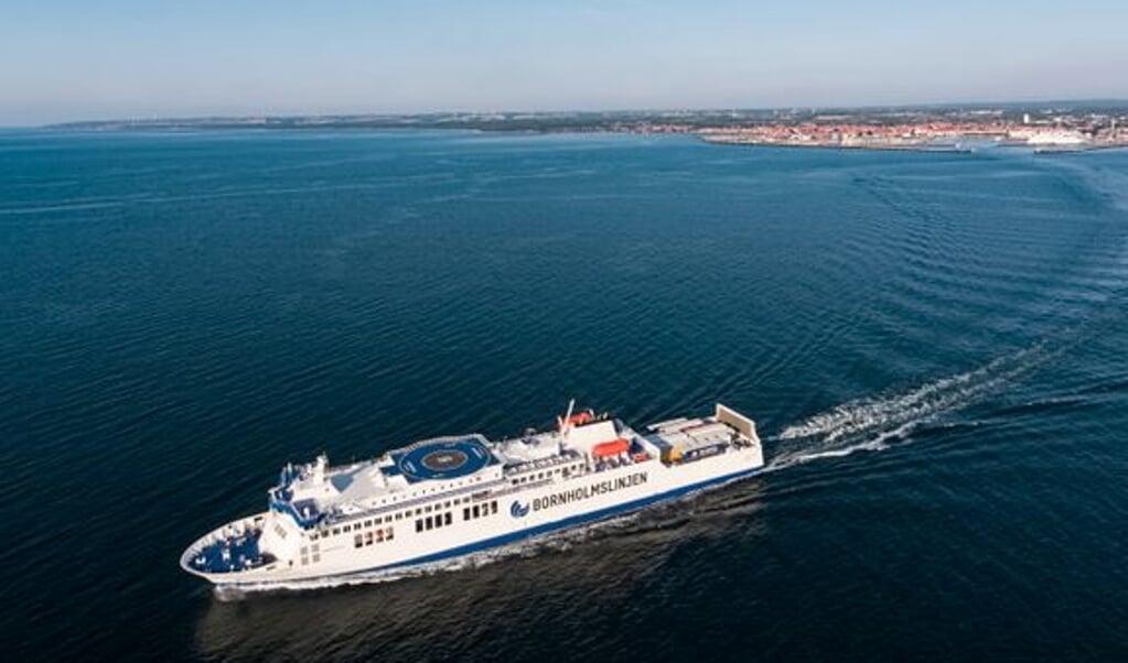 I eftermiddag kommer de første tyske turister til Bornholm efter mange måneders nedlukning af ruten til Sassnitz. I første omgang en forsigtig start inden det forhåbentlig går løs hen over sommeren.  (Molslinjen)