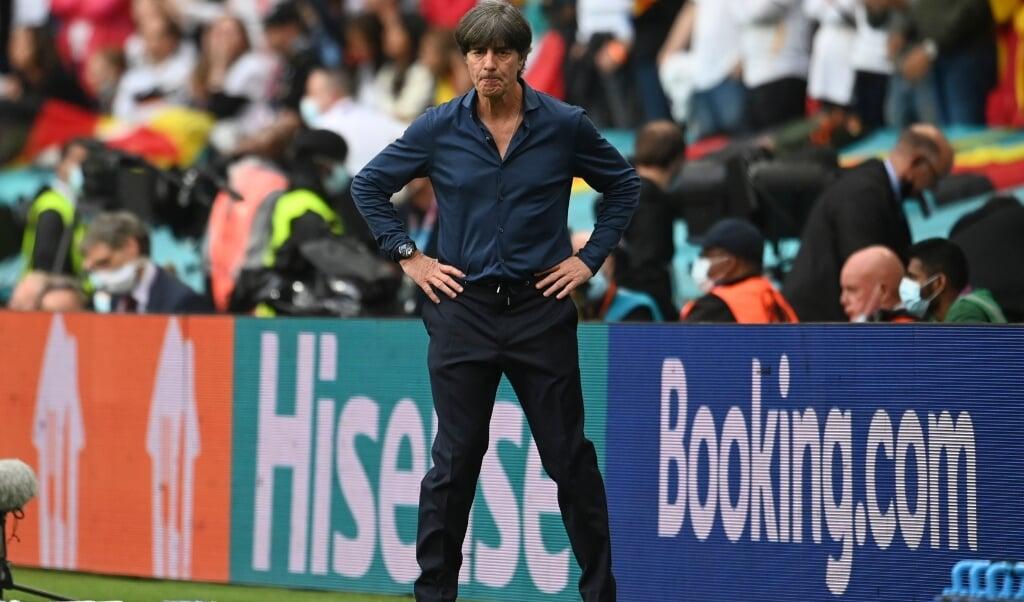 Für Deutschlands Bundestrainer Joachim war es das letzte Spiel und damit auch die letzte Niederlage.   (Andy Rain/Pool EPA/dpa)
