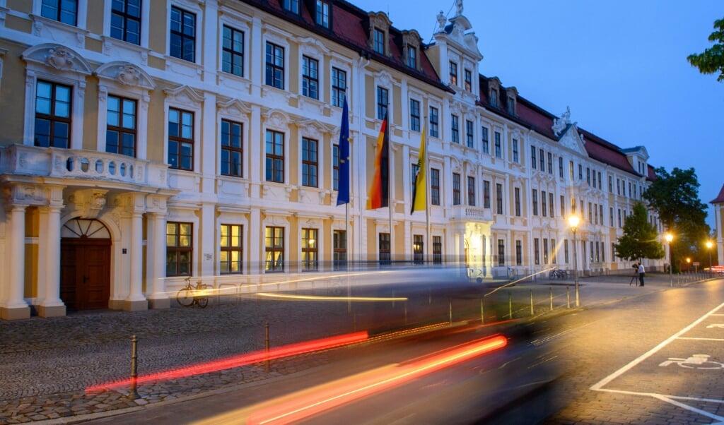 I landdagen i Magdeburg er partierne nu i gang med bogstavlegen om, hvem der skal i regering.    (Klaus-Dietmar Gabbert/dpa)