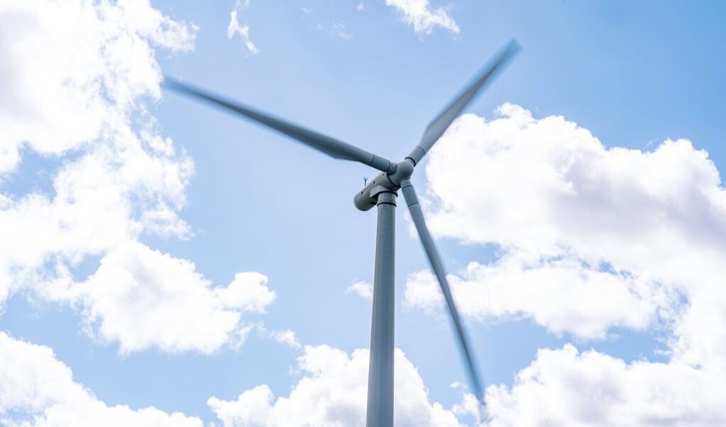 Ifølge miljøminister Svenja Schulze er den bedste måde at bane vejen for mere vindenergi ved at sikre mere plads til vindmøller. Derfor bør Tyskland øremærke to procent af landarealet til netop det formål, mener hun. (Arkivfoto)  (Emil Helms/Ritzau Scanpix)