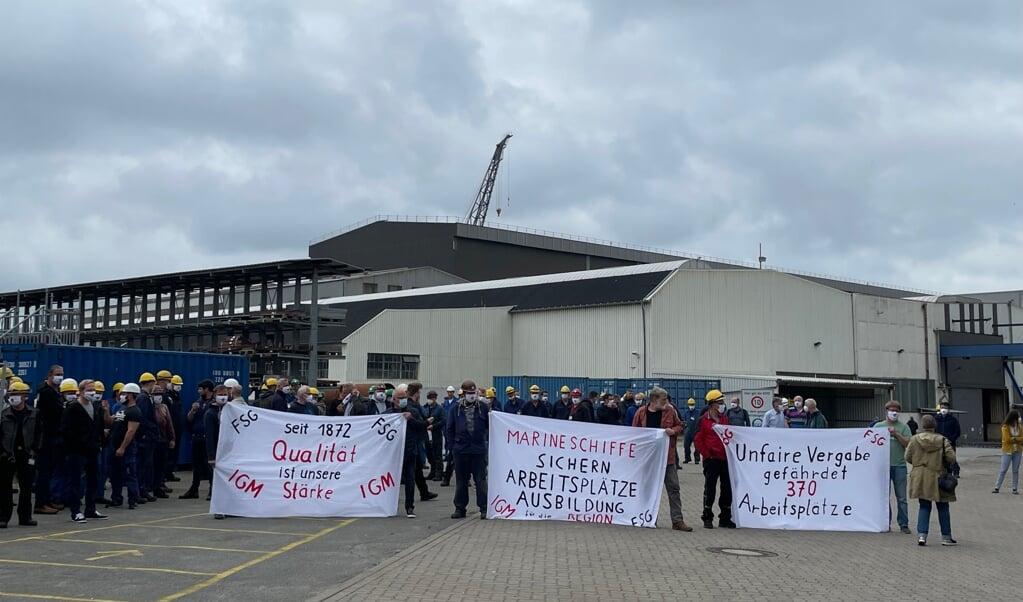 Onsdag var der igen en demonstration på skibsværftet FSG, hvor både politikere og ansatte var mødt op.  ( Marc Reese)