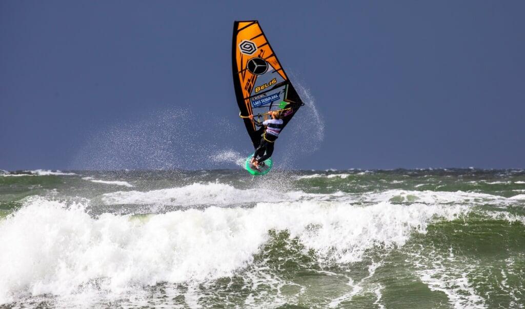 Die Wellen vor Sylt werden in diesem Herbst erneut ohne die besten Windsurfer der Welt auskommen müssen.  ( John Carter)