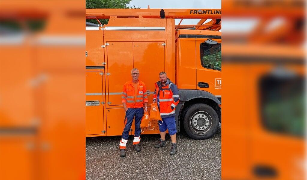 Klaus Jepsen (links) und Tommy Behnke helfen in Ahrweiler.   (TBZ Flensburg)