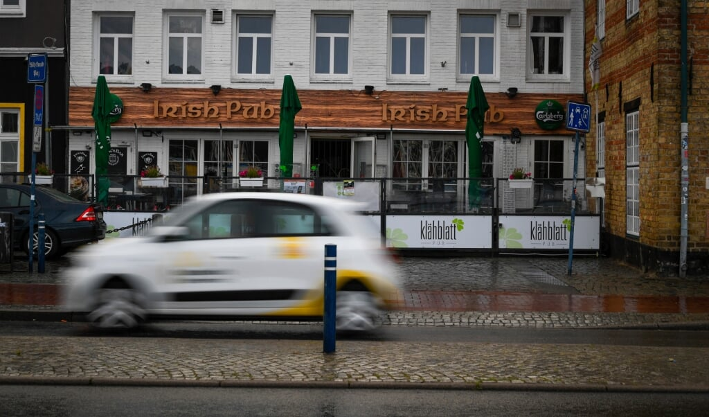Alle gæster skal straks gå i isolation, hvis de har besøgt Klähblatt Pub i Flensborg om aftenen den 21. juli.   (Martin Ziemer)