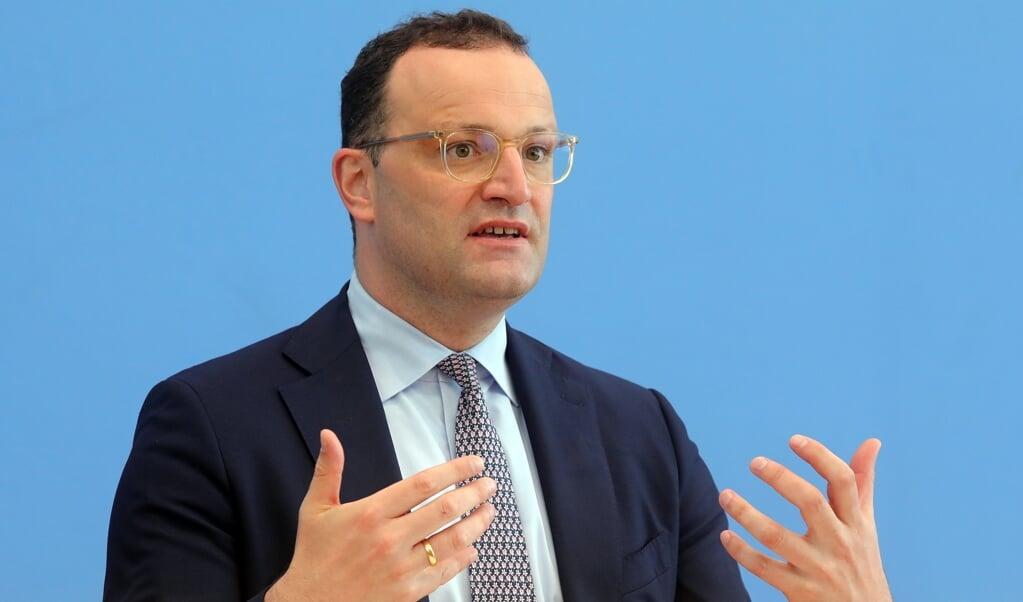 Vi må forhindre, at ekstra smitte kommer ind i landet, mener Sundhedsminister Jens Spahn.   (Wolfgang Kumm/dpa.)