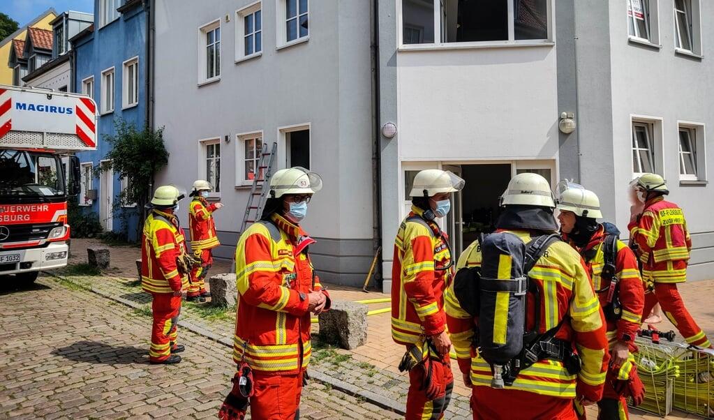 Ikke engang 48 timer forinden havde brandvæsenet måtte slukke en brand i køkkenet i selv samme lejlighed.   (Heiko Thomsen)