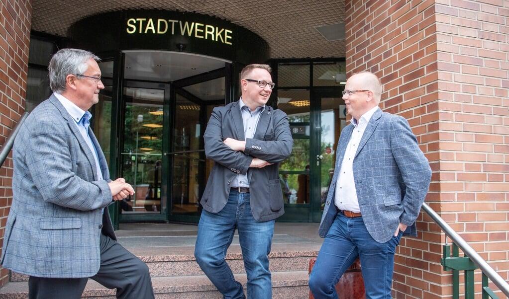 Ved besøget hos Stadtwerke deltog udover Stefan Seidler og Christian Dirschauer også SSW-Flensborgs medlem i Stadtwerkes tilsynsråd, Thorsten Kjærsgaard.   (Kira Kutscher )