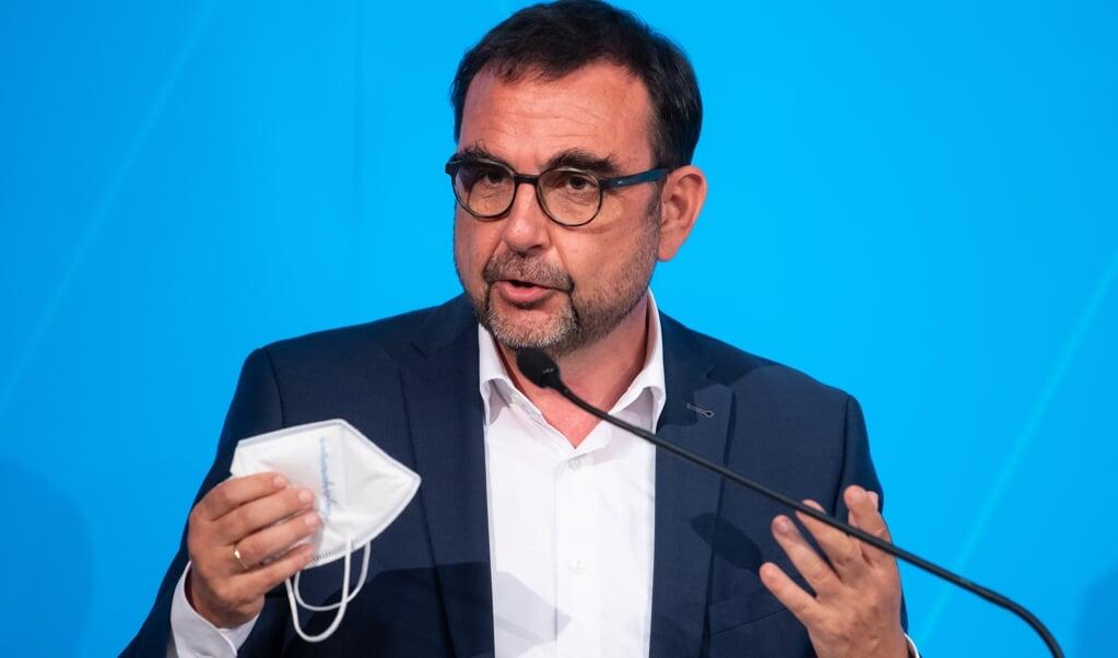 Vi har vaccine nok til alle, understreger Bayerns sundhedsminister, Klaus Holetschek (CSU) , der er formand for sundhedsministrenes samarbejdsudvalg.    (Sven Hoppe/dpa)