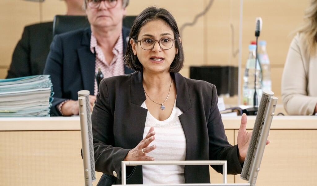 Die Fraktionsvorsitzende der SPD im Kieler Landtag, Serpil Midyatli warf der Landesregierung Planlosigkeit vor.   (Axel Heimken, dpa)