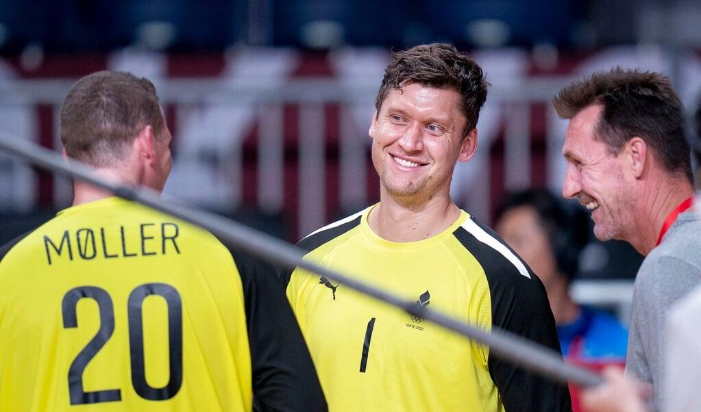 Niklas Landin (i midten) er glad for samarbejdet med Kevin Møller (t.v.) på landsholdet.  (Arkivfoto)