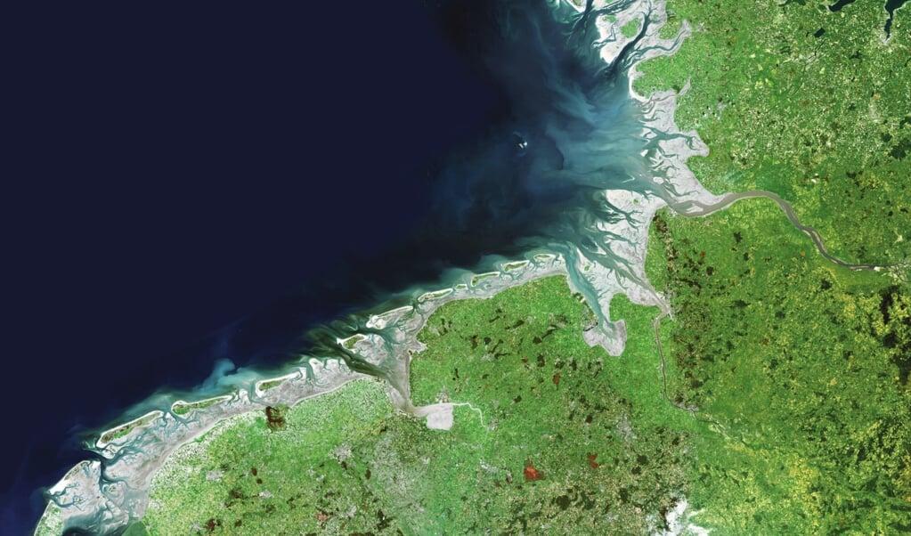 Vadehavet som det tager sig ud fra en satellit.    (Common Wadden Sea Secretariat)