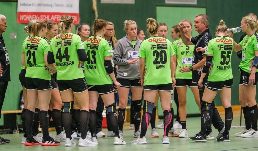 Endlich ein Heimspiel im DHB-Pokal! Die Aufgabe für Trainer Olaf Rogge und die Nordfrauen wird aber nicht leicht.  ( Sven Geissler)