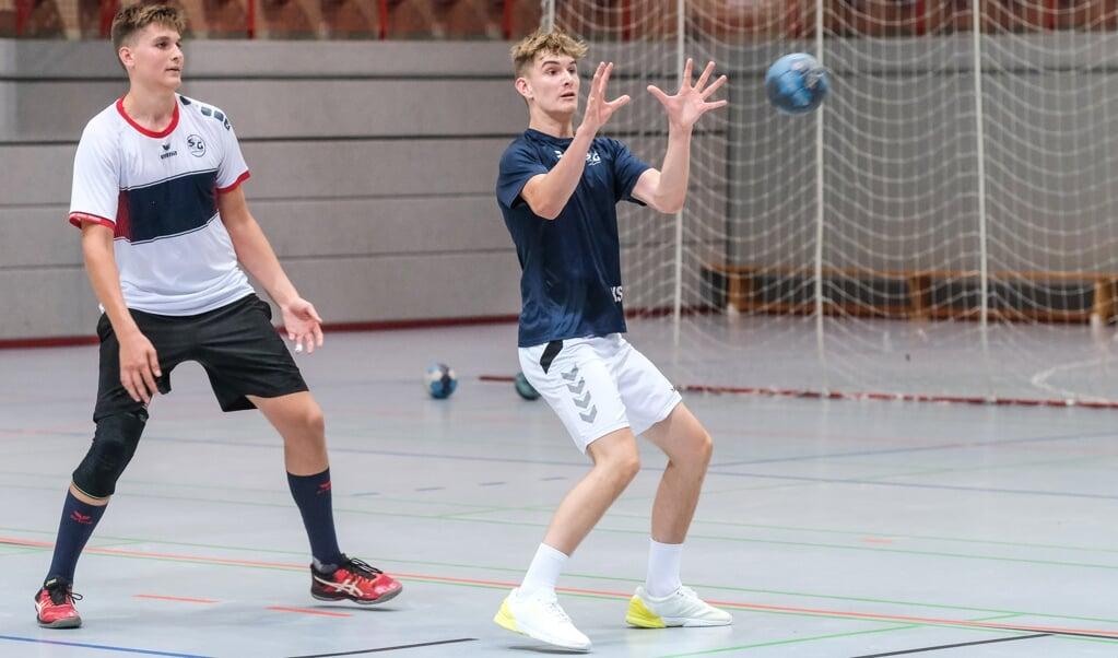Kristian træner flittigt med sit SG-hold. Om han kan blive prof, skal tiden vise.  ( Sven Geissler)