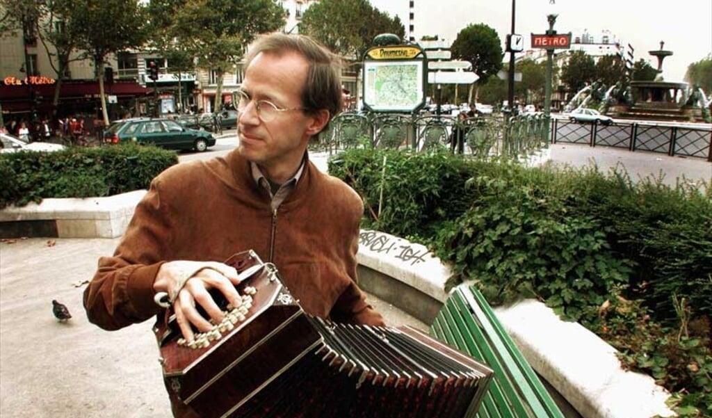 Den norske Per Arne Glorvigen holder i dag sit bandoneon-spil vedlige i Paris, hvor han har bopæl.   ( Privat)