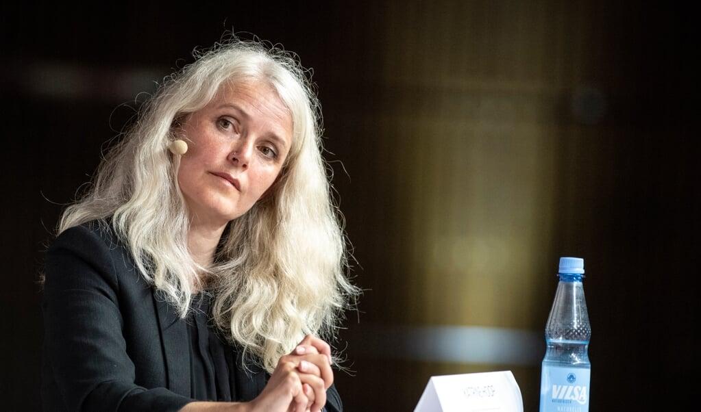Kandidat for Die Linke, sydslesvigeren Katrine Hoop, var ikke fornøjet efter den første prognose, som hun dog ikke tillægger den store betydning.   (MARTIN ZIEMER)