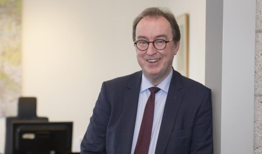 Burgemeester Jan Lonink (69) heeft de gemeenteraad medegedeeld dat hij per 1 mei 2021 stopt als burgemeester van Terneuzen.