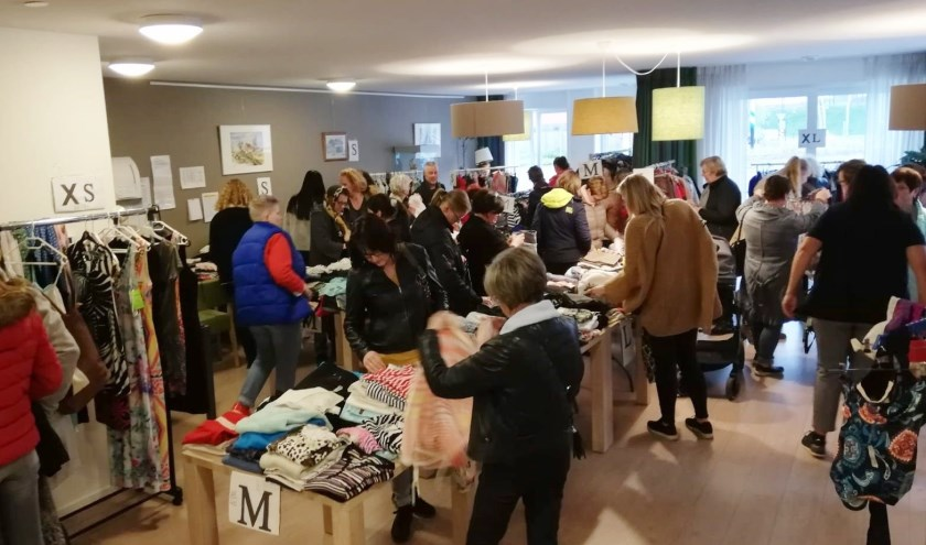 Tweedehands dameskledingbeurs in Hulst op vrijdag 4 en zaterdag 5 oktober