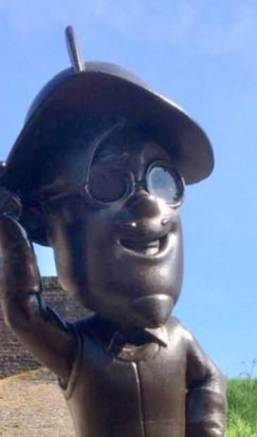 Paggader-beeld bij een van de Hulster poorten.