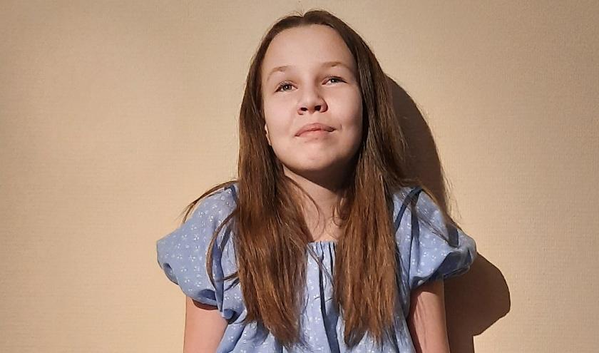 Julie Kolijn (13) uit Terneuzen speelt mee in de jubileumproductie van Muziektheater Zeeland: 'Michiel de Ruyter, de musical'.