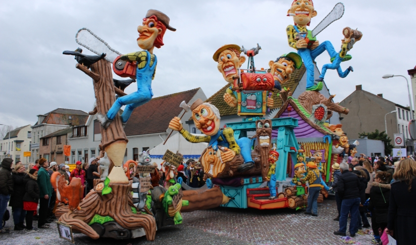 De 64e carnavalsstoet in Sas van Gent gaat in de herkansing op zaterdag 14 maart.