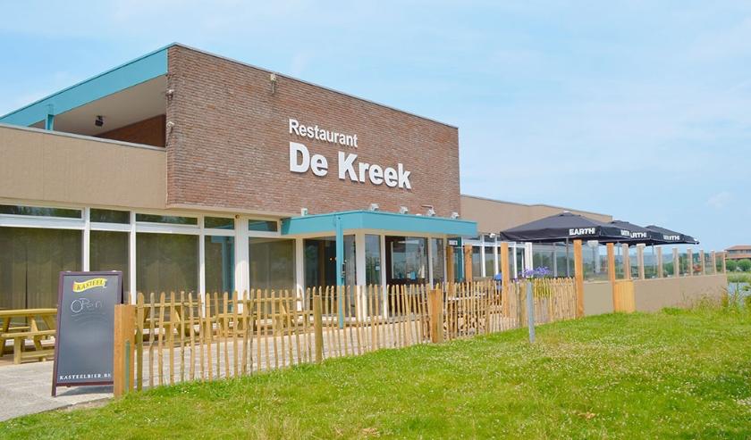 Menno Leeuwenburg van restaurant De Kreek en grillrestaurant El Banco in Terneuzen houdt de moed erin in deze onzekere tijden.