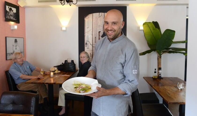 Bauke Scherbeijn met een authentiek Italiaans tonijngerecht.