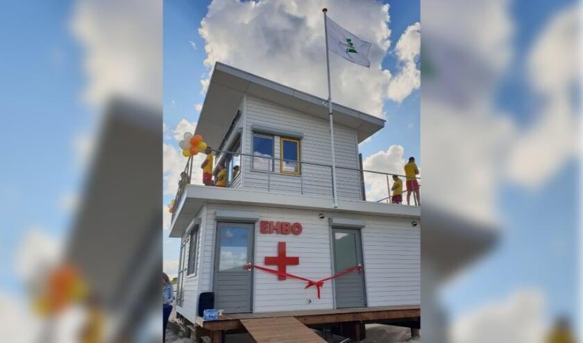 Op drie locaties aan de kust zijn nieuwe strandposten gerealiseerd. De nieuwe strandposten bevinden zich op de stranden ter hoogte van 't Zwin, Cadzand-Bad en Nieuwvliet.
