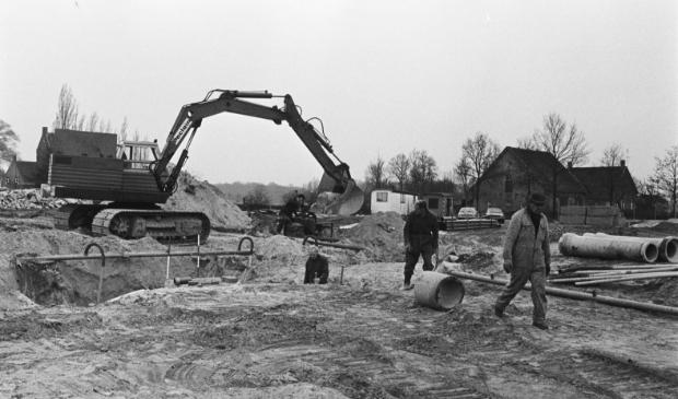 De bouw van het woongebied Gageldonk in 1977.