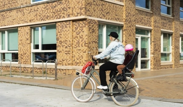 Ga lopend of met de fiets naar school