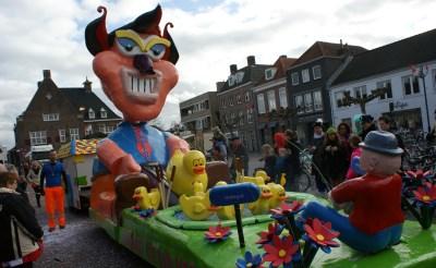 Beeld van de Grote Eendentrek, de Boxtelse carnavalsoptocht vorig jaar. (Foto: Marc Cleutjens).