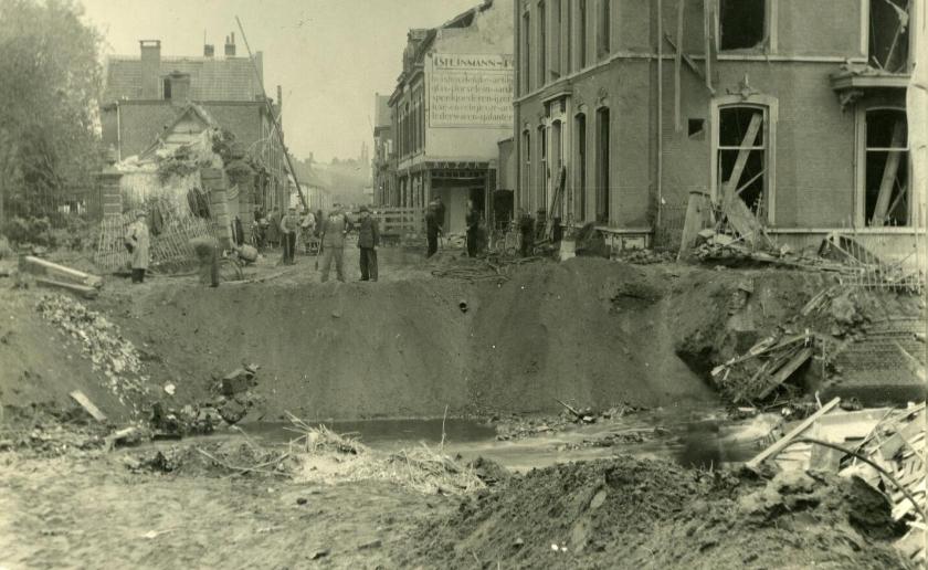 'Verwoeste Zwaanse brug, oktober 1944. Foto: Fotobank Boxtel