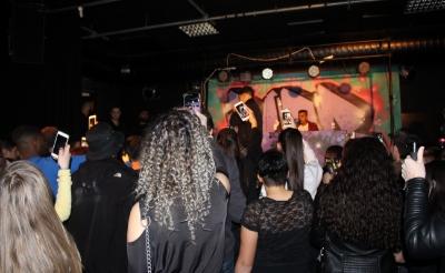 Een feest in B-Town voor de coronacrisis. (Foto: Jongerenwerk R-Newt).