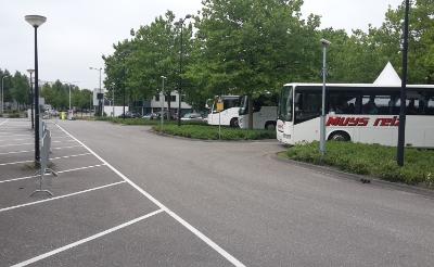 <p>Vanaf het NS-parkeerterrein aan de Van Salmstraat vertrekt zondag 17 oktober om 11.30 uur een bus naar het landelijke woonprotest in Rotterdam. De reis wordt gratis aangeboden voor de landelijke SP.&nbsp;</p>