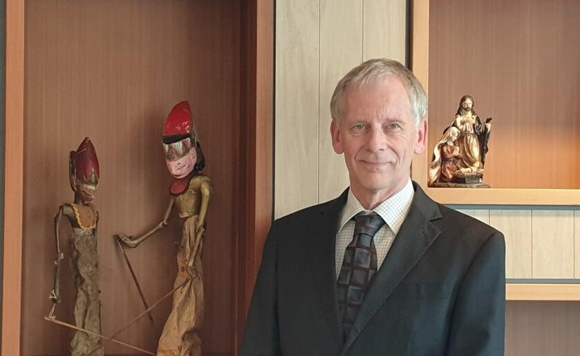 Directeur Jan Kees Metz van onder andere Het Wereldhuis constanteert dat het tij in Het Wereldhuis ten goede aan het keren is.