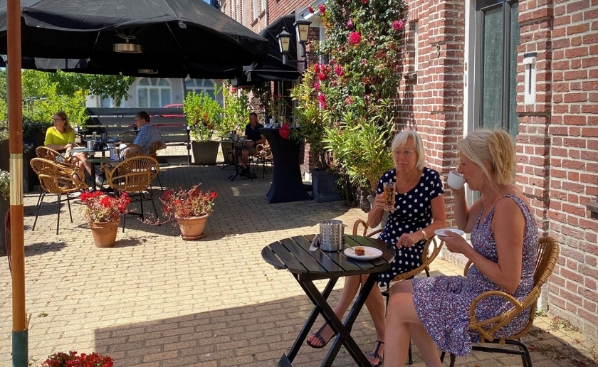 Op onze website www.kunstcafecoupe.nl onder kopje Planner kun je zien welke activiteiten/evenementen er op dit moment al gepland staan de komende maanden.