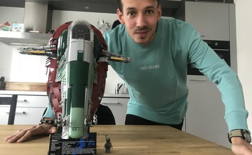 Jan Pennings won samen met Lola Nouwens onlangs LEGO MASTERS. Het eerste wat hij kocht was een lang gewenste doos LEGO