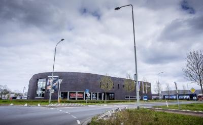 Arbeidsmigranten huisvesten in het leegstaande autobedrijf van Frank van den Brandt op Boseind zit er niet in als de gemeenteraad de uitgangspunten van B en W overneemt.