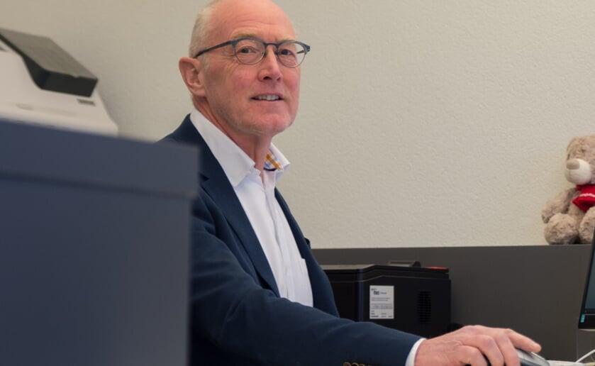 Met ingang van 1 april verruilt Makelaar Henk Quinten zijn kantoor aan de Nieuwstraat voor een aan de Boxtelseweg