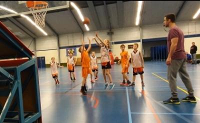 <p>Basketbalclub JRC Ducks uit Boxtel is dringend op zoek naar trainers/coaches voor de jeugdteams. (Foto: eigen collectie).</p>