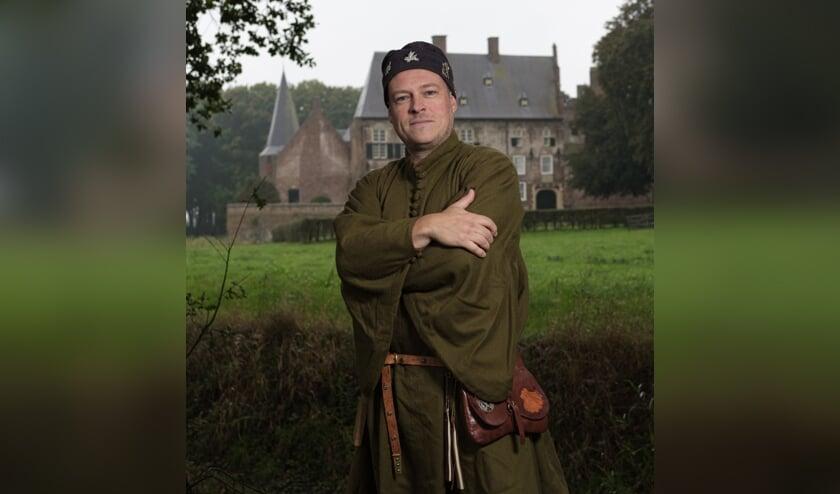 Thomas van Deest (Thom Argante).