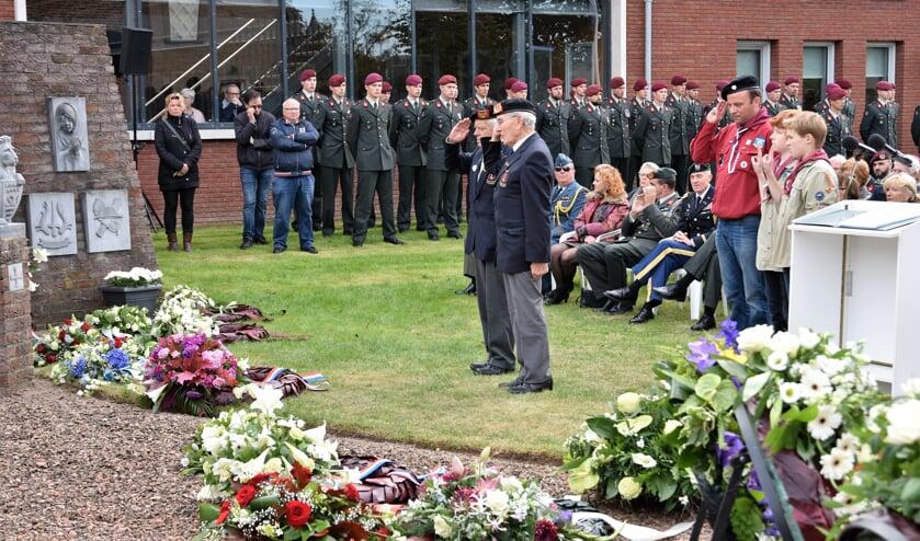 Een eerdere herdenking van gesneuvelde stoottroepers.