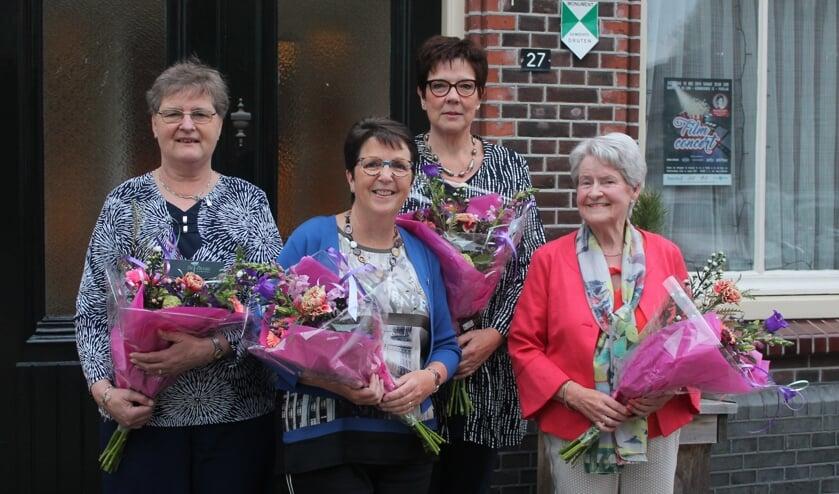 Coby van Oijen, Gerda Pruyn, Marjan te Niet en Anny den Bieman.