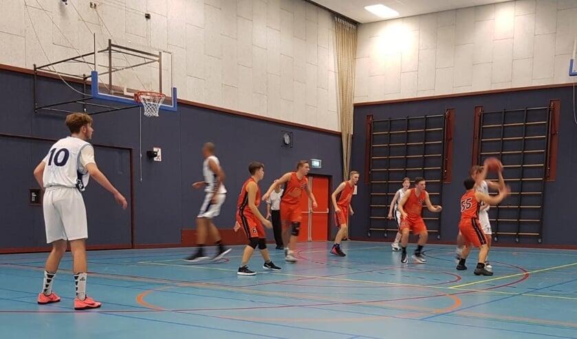 Challenge-1 U20 verdedigt tegen Landstede U20-1